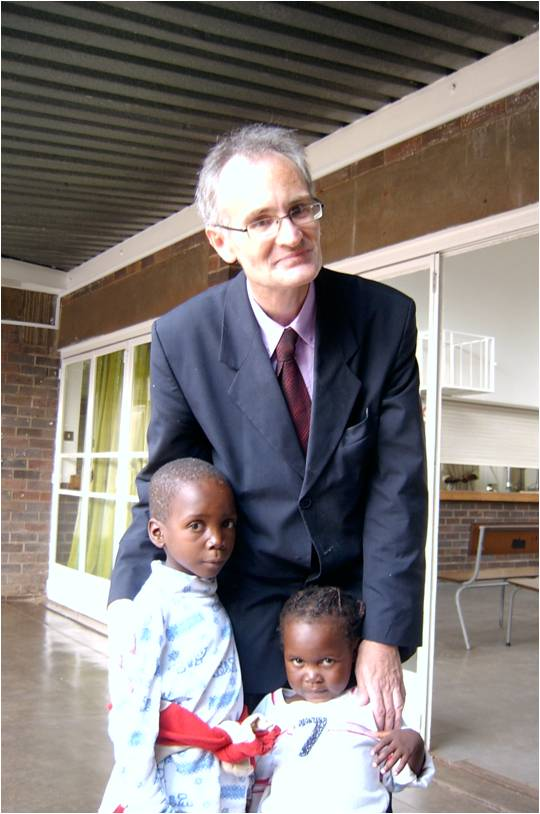 Dr Reid with Zimbabwean children